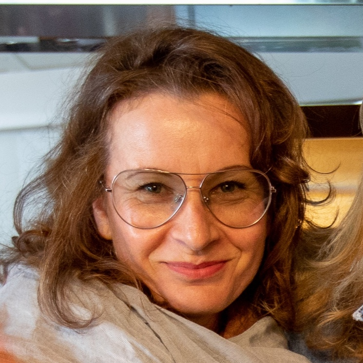 Mag.a Angela Teyrowsky