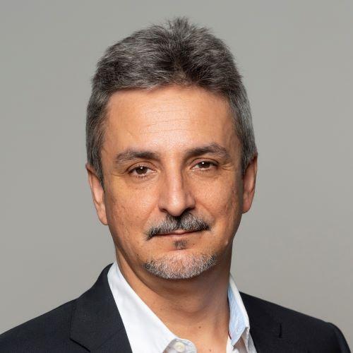 Dr. Vicente L. de Moura